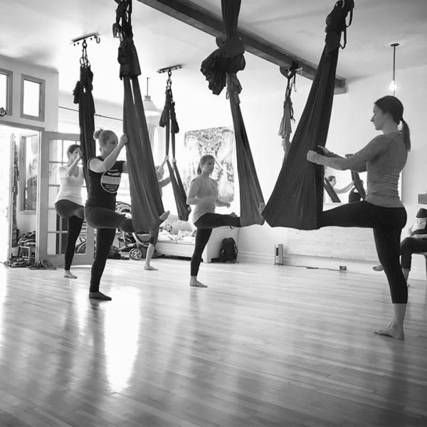 yoga aérien cours privés